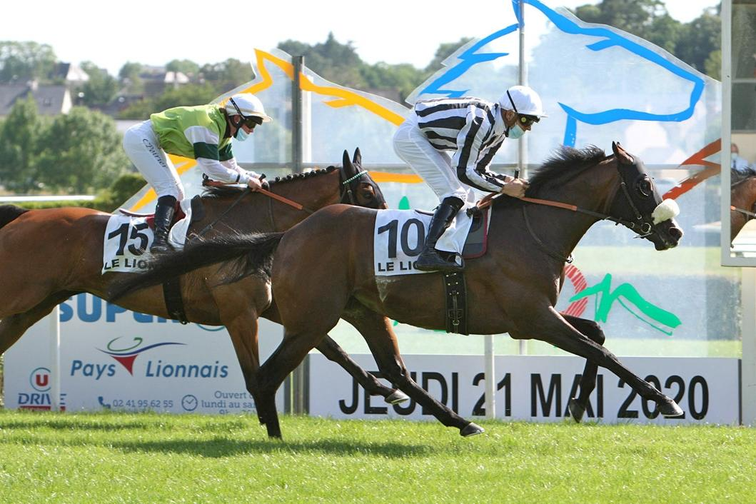 Prix de la Grosse Pierre, 2400m - Le Lion d'Angers, France, 21 May 2020